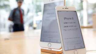11 Hari Bertenda untuk Jadi Pemilik iPhone 8 Pertama Dunia