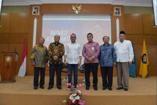 Dirut Bank Riau Kepri Sebagai Narasumber