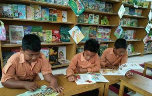 Perpustakaan Bukan Tempat yang Menakutkan Lagi Bagi Pelajar SDN 003 Bangsal Aceh Dumai