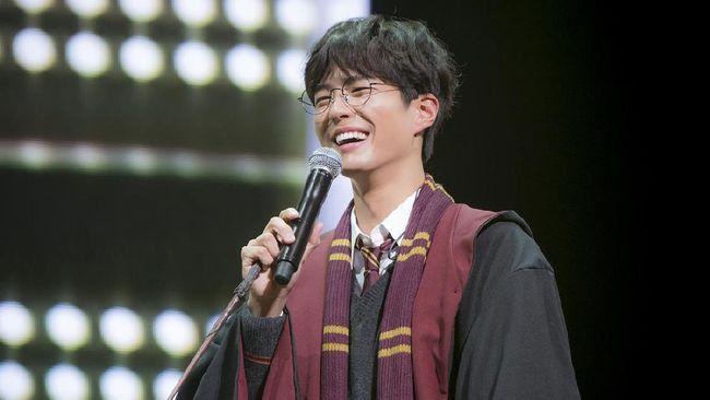 Pujian 'Bromance' dari Park Bo Gum untuk Song Joong Ki
