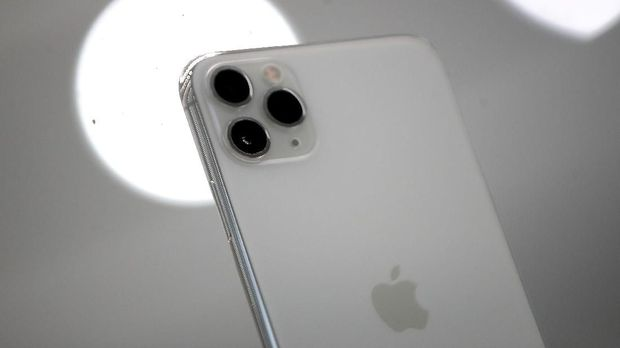 Lubang Kamera iPhone 11 Bikin Merinding Penderita Trypophobia