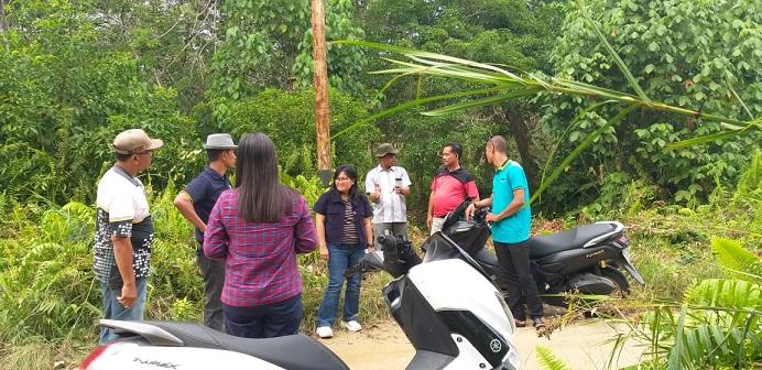 Wakil Ketua DPRD Meranti Bersama Staf Kemensos RI Tinjau Langsung Kecamatan Merbau.