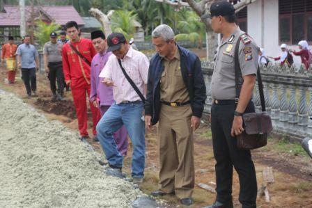 Tinjau Proyek Infrastruktur di Rangsang, Wabup Meranti Minta Masyarakat Mengawasi