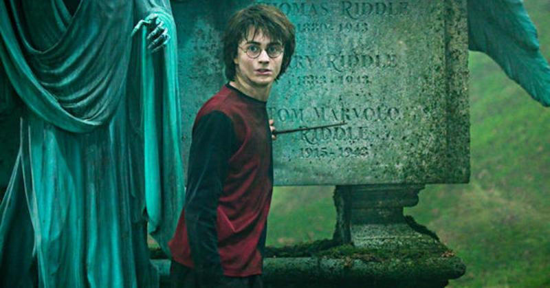 Daniel Radcliffe Tak Hadiri Preview Harry Potter and the Cursed Child