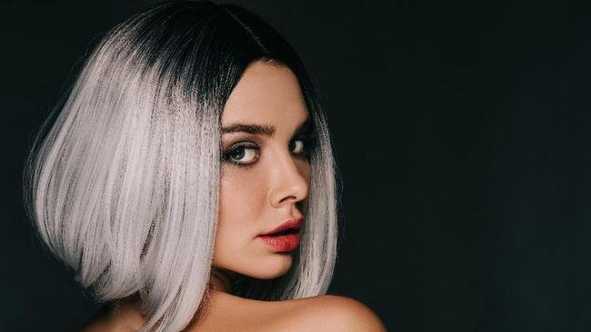 Kenali Efek Samping Bleaching Rambut