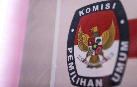 KPU Bawa Puluhan Boks Bukti Sengketa Pemilu 5 Provinsi ke MK