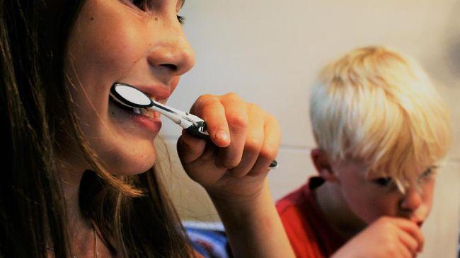 Cara Sederhana Bersihkan Gigi