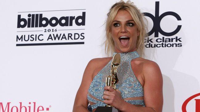 Kondisi Ayah Makin Membaik, Britney Spears Siap Kembali
