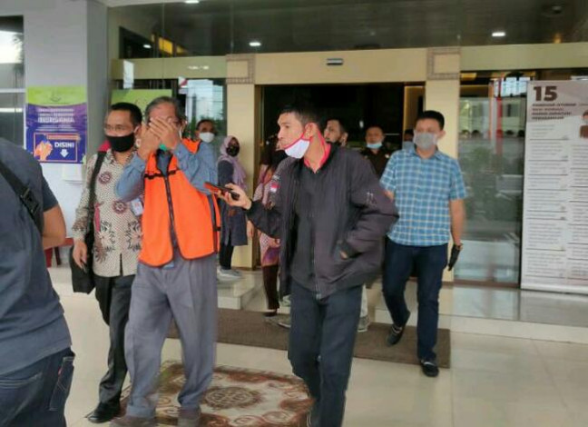 Mantan Dirut BUMD di Riau Ditahan Jaksa