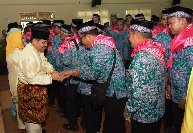 Cuaca di Mekkah Sama di Indonesia: Bupati Amril Ingatkan JCH Jaga Kesehatan dan Stamina