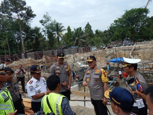 Kapolda Riau Minta Pihak Kontraktor Gesa Perbaikan Jalan di Lintas Barat