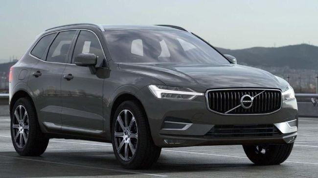 Volvo Tarik Mobil dalam Waktu Berdekatan