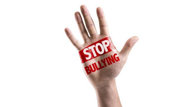 Tips Mencegah Anggota Keluargamu Jadi Korban Cyberbully