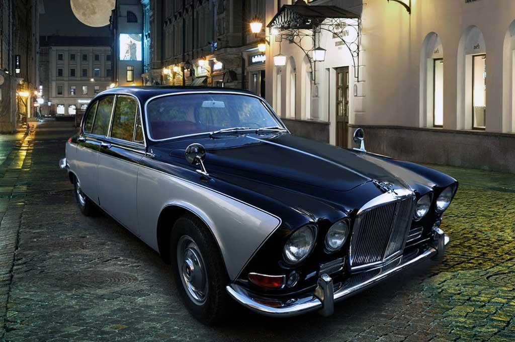 Tampilan Klimis Jaguar 420 1969 Klasik ala Carbon Motors