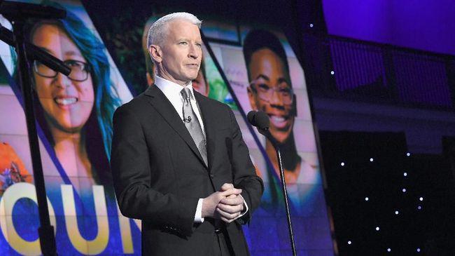 'Ritual' Anderson Cooper di Kamar Hotel