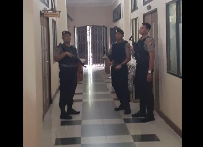 KPK Geledah Kantor Walikota Dumai