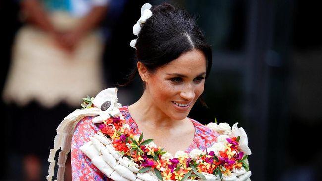 Saran Mode Pangeran Charles untuk Meghan Markle