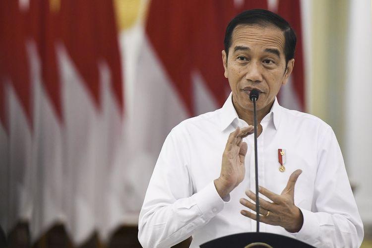 Presiden Jokowi Umumkan Masyarakat yang Miliki Kredit Ditangguhkan 1 Tahun