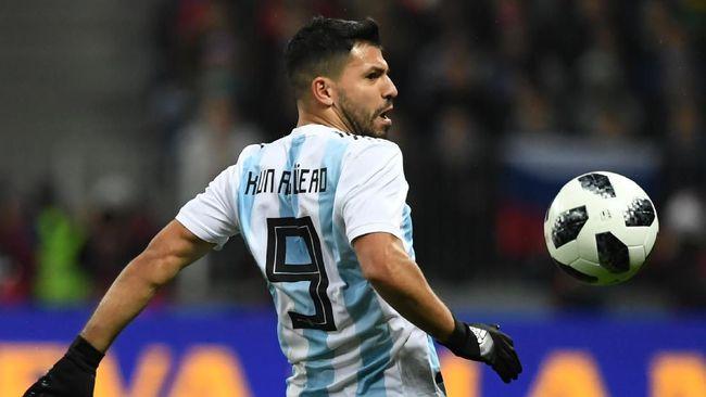 Jelang Piala Dunia 2018, Sergio Aguero Jalani Operasi
