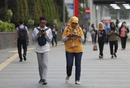 Corona, Insentif Kartu Prakerja ala Jokowi Naik Jadi Rp1 Juta