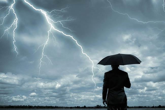 Sebagian Riau akan Diguyur Hujan Disertai Petir Hari Ini