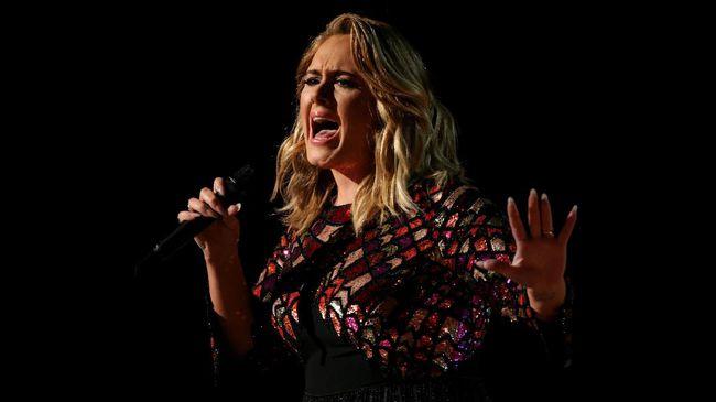 Adele Sampaikan Salam Perpisahan di Konser Terakhir
