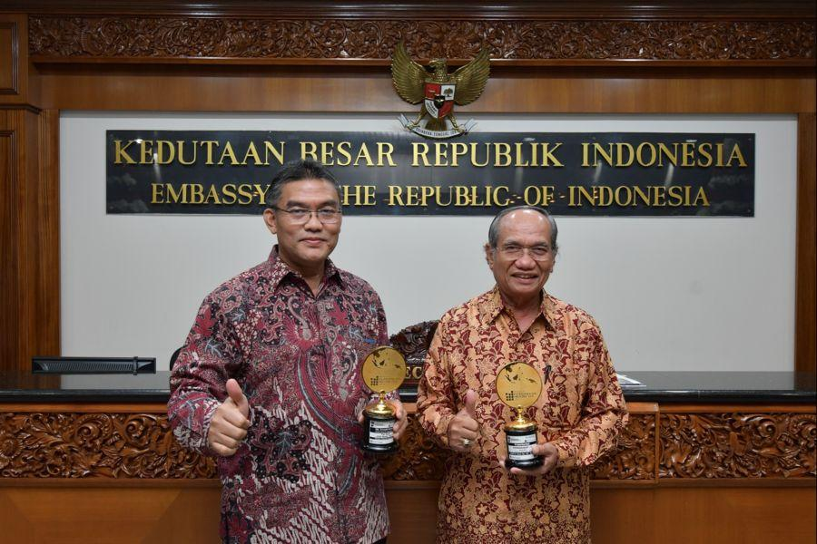 Bank Riau Kepri Dianugerahi 4 Award Nasional Pada APBI VI 2017