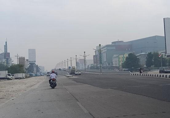 Kabut Asap Semakin Pekat, Jarak Pandang di Pekanbaru Menurun