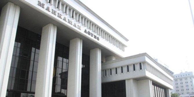 MA Vonis Bebas Bekas Direktur Pelindo III dari Kasus Pungli Pelabuhan Tanjung Perak