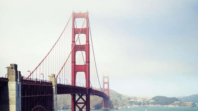 Jembatan Golden Gate Akan Pasang Jaring Anti-Bunuh Diri