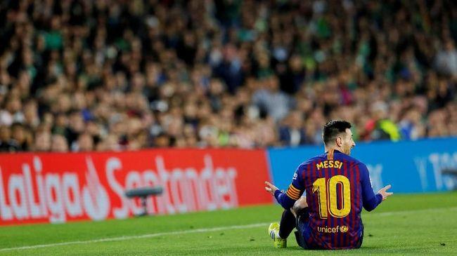 Hattrick Messi: Tendangan Bebas Hingga Tendangan Chip