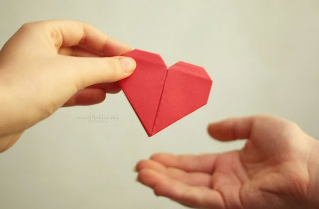 Mengasihi dengan Harta Kita