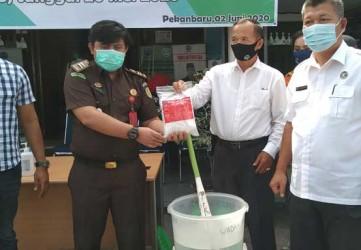 BNNP Riau Musnahkan 1 Kg Sabu