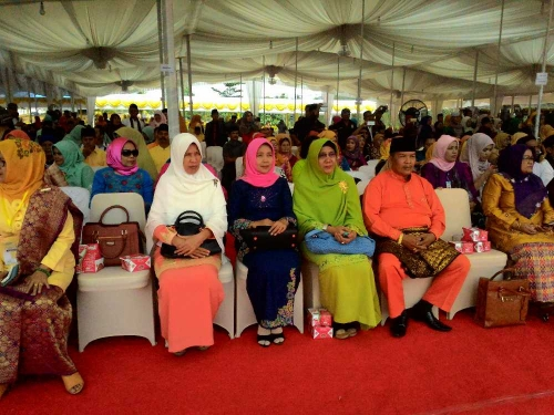 Dekranasda Kuansing Hadiri Festival Pesona Budaya Minangkabau