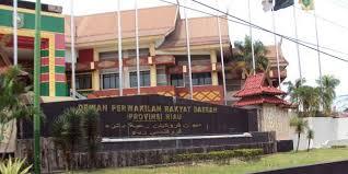 Gaduh Eskalasi, DPRD Riau Sepakat Hak Angket Dibawa dalam Rapat Paripurna