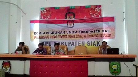 KPU Siak Gelar Sosialisasi Terbitnya UU No 10/2016 Tentang Pilkada