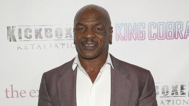 Tyson: McGregor Tak Pernah Bisa Kalahkan Khabib