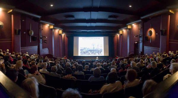 Separuh Bioskop Dunia Telah Beroperasi