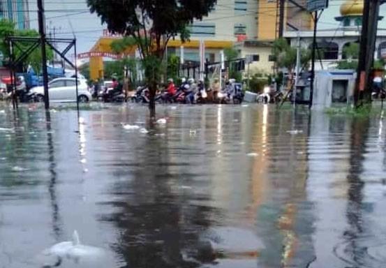 Ini Titik Pengamanan Jalan Rawan Banjir di Pekanbaru yang Jadi Fokus Satlantas