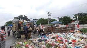 Angkutan Sampah Mandiri di Pekanbaru Dianggap Ilegal