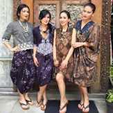 Kenapa Saya Harus Punya Pakaian Batik?