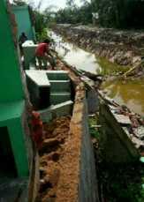 Proyek Rehabilitasi Saluran Sekunder di Kelurahan Kampung Dagang Rengat Jadi Petaka
