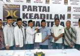 "Mendaftar ke PKS dan Demokrat, Hafith Syukri Ingin Bangkitkan ""Cinta Lama"""