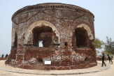 Pulau Kelor, Kisah Suram Benteng Kuno dan Pulau Kuburan