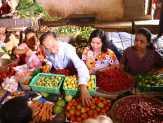 Asap Kian Tebal, Pedagang di Pasar Tembilahan Sepi Pembeli