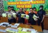 Polda Riau Tangkap Kurir 10 Kg Sabu-sabu dan 15.940 Butir Pil Ekstasi