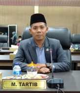 Anggota Komisi I DPRD Kepulauan Meranti, DR M Tartib MSi