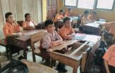 Mebeler Kelas Rusak, Siswa SDN 027 Desa Kesuma Pelalawan Tak Nyaman Belajar