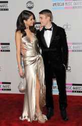Lagu Terbaru Bieber Dirumorkan Sengaja Dibuat untuk Selena Gomez
