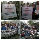 Massa KAMMI Riau Secara Simbolis Menyegel Kantor PT Arara Abadi di Pekanbaru